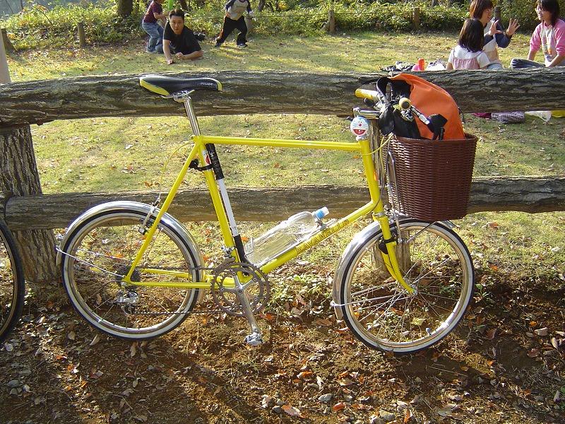 0411サイクルショー三茶自転車置き場JACCラン 002