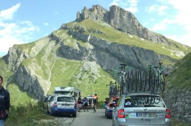03(ツール・ド・ラヴニール第8???????? 風景も選手の目には入らないはず(photo CyclismeJapon?