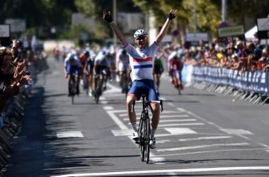 12??????? ??????4??? ジ)イギリスU23王者のロウレスが圧巻の単独逃げ切り優勝(photo Le Tour de L'Avenir?