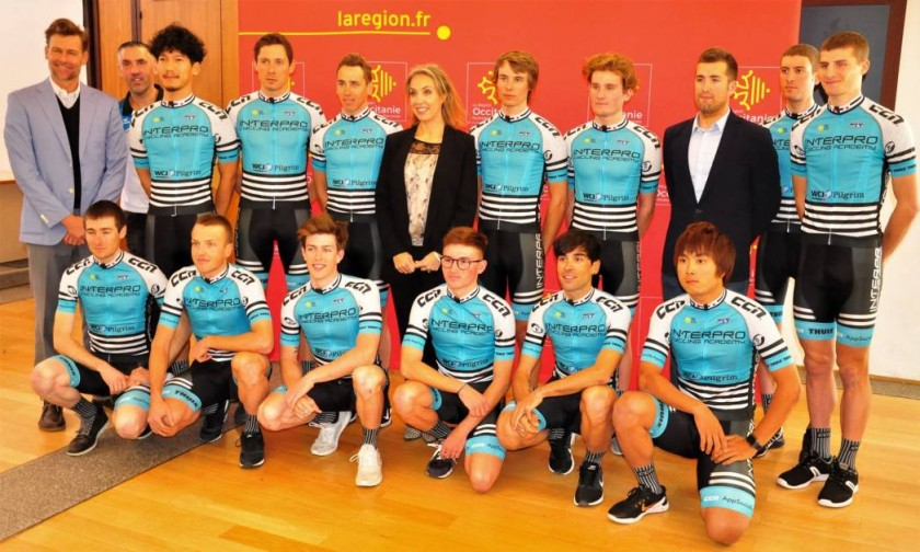 Interpro cycling Academy team photo 2