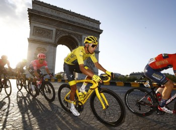 Tour de France 2019 - 106th Edition - 21th stage Rambouillet - Paris 127 km - 28/07/2019 - Egan Bernal (COL - Team INEOS) - photo Luca Bettini/BettiniPhoto©2019